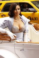 01059_s_al_reveals_victorias_secret_2_million_bombshell_fantasy_bra_in_nyc_20101020_3_123_542lo.jpg