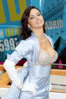 01128_s_al_reveals_victorias_secret_2_million_bombshell_fantasy_bra_in_nyc_20101020_11_123_170lo.jpg