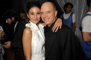 82329_EMMANUELLE_CHRIQUI_Season_Premiere_of_Entourage_April_3_07_StaticNine_001_122_228lo.jpg