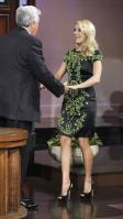 21141_CarrieUnderwood_tonight_show_02_122_590lo.jpg