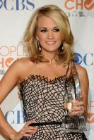 49898_celebrity-paradise.com-The_Elder-Carrie_Underwood_2010-01-06_-_36th_annual_People9s_Choice_Awards_2284_122_224lo.jpg