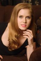 440745663_celeb_city.eu_Amy_Adams_Portrait_Session_in_LA_12_04_2007_002_122_359lo.jpg