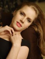 440946192_celeb_city.eu_Amy_Adams_Portrait_Session_in_LA_12_04_2007_010_122_46lo.jpg