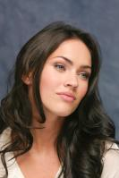 006414446_UploadedByKurupt_Megan_Fox_Transformers_press_conference_portraits_by_Munawar_Hosain_15_122_1066lo.jpg