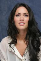 064227854_UploadedByKurupt_Megan_Fox_Transformers_press_conference_portraits_by_Munawar_Hosain_18_122_75lo.jpg