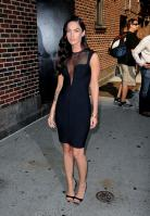 95904_Preppie_-_Megan_Fox_at_the_Late_Show_with_David_Letterman_-_June_25_2009_913_1332_122_554lo.jpg
