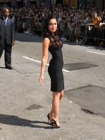 99366_Preppie_-_Megan_Fox_at_the_Late_Show_with_David_Letterman_-_June_25_2009_916_1397_122_43lo.jpg