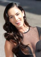 99819_Preppie_-_Megan_Fox_at_the_Late_Show_with_David_Letterman_-_June_25_2009_910_7541_122_532lo.jpg