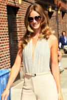 208792779_Kurupt_Rosie_Huntington_Whiteley_outside_Ed_Sullivan_Theater_for_Letterman_June15_2011_06_122_156lo.jpg