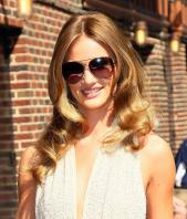 208817204_Kurupt_Rosie_Huntington_Whiteley_outside_Ed_Sullivan_Theater_for_Letterman_June15_2011_07_122_478lo.jpg