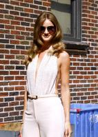 209248158_Kurupt_Rosie_Huntington_Whiteley_outside_Ed_Sullivan_Theater_for_Letterman_June15_2011_27_122_1198lo.jpg