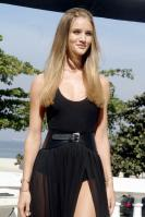 635155729_Kurupt_Rosie_Huntington_Whiteley_Transformers_Dark_of_the_Moon_Photocall_in_Rio_De_Janeiro_June20_2011_04_122_551lo.jpg