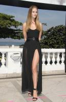 635238628_Kurupt_Rosie_Huntington_Whiteley_Transformers_Dark_of_the_Moon_Photocall_in_Rio_De_Janeiro_June20_2011_13_122_234lo.jpg