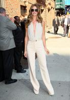 820888834_Kurupt_Rosie_Huntington_Whiteley_outside_Ed_Sullivan_Theater_for_Letterman_June15_2011_10_122_339lo.jpg
