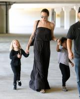 20511_Celebutopia-Angelina_Jolie_taking_daughters_to_a_kid_center_in_a_mall_in_LA-01_122_81lo.JPG