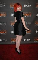 14402_HayleyWilliams_2010PeoplesChoiceAwards_6thJan_002_122_150lo.jpg