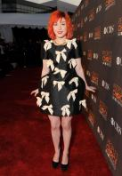 14572_HayleyWilliams_2010PeoplesChoiceAwards_6thJan_010_122_441lo.jpg