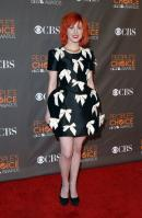 14674_HayleyWilliams_2010PeoplesChoiceAwards_6thJan_018_122_582lo.jpg