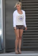 262120644_CU_Aly_Michalka_leaves_a_salon_in_West_Hollywood_03_122_372lo.JPG