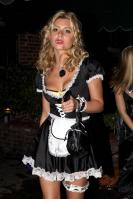 40181_gallery_enlarged_celebrity_costumes_halloween_567_122_194lo.jpg