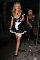 40183_gallery_enlarged_celebrity_costumes_halloween_568_122_505lo.jpg