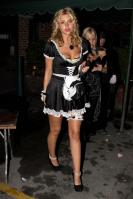 40185_gallery_enlarged_celebrity_costumes_halloween_569_122_868lo.jpg