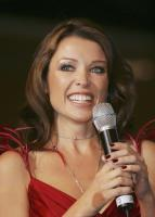 26025_Dannii_Minogue_Launches_Celebrity_Exposing_Robin_Sellick_15_122_352lo.jpg