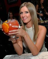 29212_NickyHilton_SugarFactoryLasVegas_200511_005_122_467lo.jpg