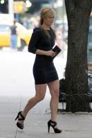 10149_Julia_Stiles_Out_and_about_in_NY_August_13_2011_04_122_135lo.JPG