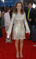 62568_Kelly_Preston_-_Hairspray_premiere_LA_071007_441_122_912lo.jpg