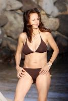 65937_kelly-preston-bikini-20_122_406lo.jpg