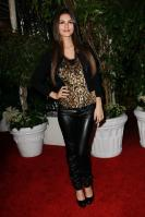 32175_VictoriaJustice_QVCRedCarpetStyleParty_Feb25th2011_003_122_234lo.jpg
