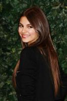 32224_VictoriaJustice_QVCRedCarpetStyleParty_Feb25th2011_005_122_644lo.jpg