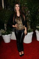 32482_VictoriaJustice_QVCRedCarpetStyleParty_Feb25th2011_001_122_390lo.jpg