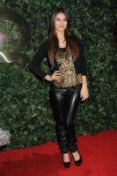 42212_VictoriaJustice_QVCRedCarpetStylePartyLA_Feb25th2011_003_122_435lo.jpg