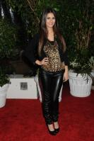 42228_VictoriaJustice_QVCRedCarpetStylePartyLA_Feb25th2011_006_122_450lo.jpg