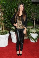 42249_VictoriaJustice_QVCRedCarpetStylePartyLA_Feb25th2011_007_122_388lo.jpg