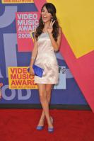 77776_Victoria_Justice_-_2008_MTV_Video_Music_Awards_-_7th_Sept_005_122_340lo.jpg