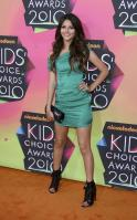 D5CA5XZBVX_Victoria_Justice_-_23rd_Annual_Kids_Choice_Awards002.jpg