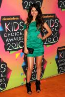 EBUXAD3Q43_Victoria_Justice_-_23rd_Annual_Kids_Choice_Awards_-_March_27_006.jpg