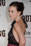 35038_s_lm_country_strong_premiere_in_nashville_20101108_42_122_362lo.jpg