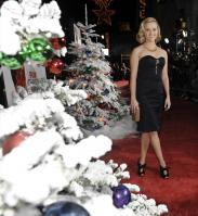 2UN82EI8GO_Reese_Witherspoon_40_Four_Christmases_Los_Angeles_Premiere_-_November_20_20_.JPG