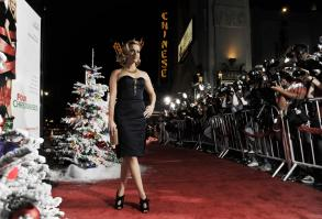 SPNGDVQZJ9_Reese_Witherspoon_40_Four_Christmases_Los_Angeles_Premiere_-_November_20_2_.JPG