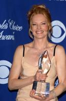 105984339_90017d1201365576-marg-helgenberger-tan-dress-peoples-choice-awards-623499.jpg