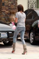 43214_ashley_tisdale_acid_jeans_2_122_373lo.jpg