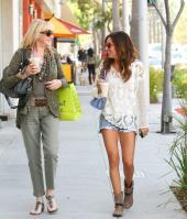 516972250_ashley_tisdale_crochet_cool_8_122_99lo.jpg