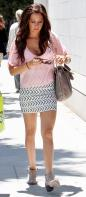 540163518_Ashley_Tisdale_leggy_shopping_at_Planet_Blue_in_beverly_hills_01_122_188lo.JPG