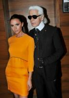 106005678_Victoria_Beckham_conference_01_122_210lo.jpg