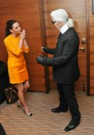 106005698_Victoria_Beckham_conference_01_122_212lo.jpg