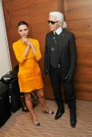 106005737_Victoria_Beckham_conference_01_122_215lo.jpg